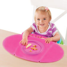placemat with crumb catcher