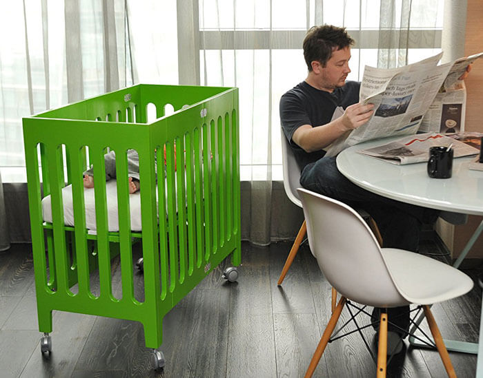 Mini Collapsible Crib 1357