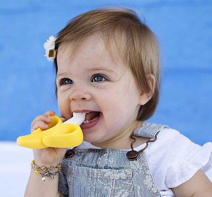 Banana Teether Toothbrush 1522